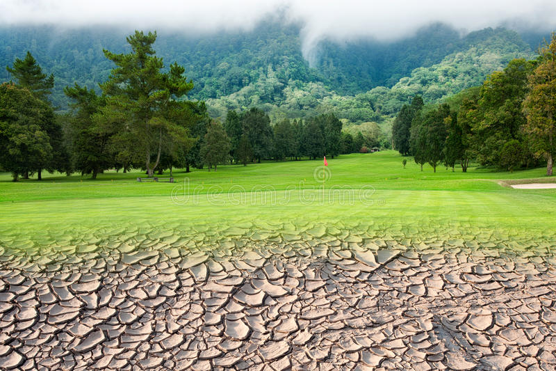 Terreno da golf da sbarco asciutto immagine stock libera da diritti