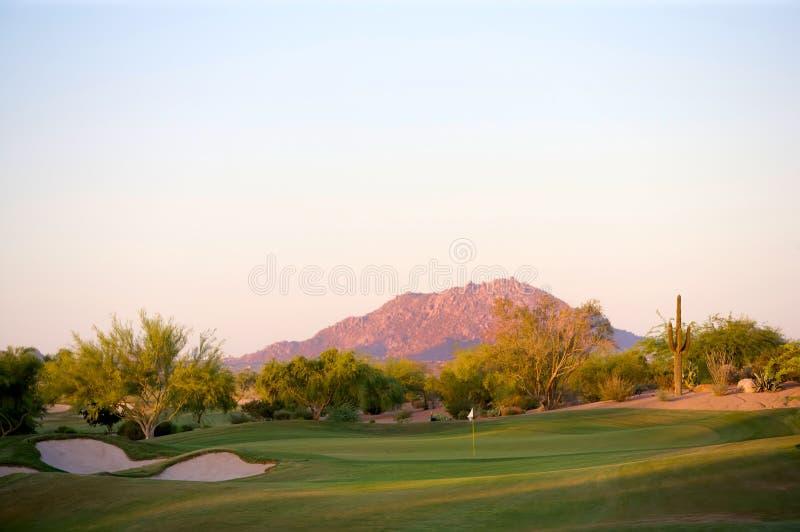 Terreno da golf nel deserto dell'Arizona fotografia stock