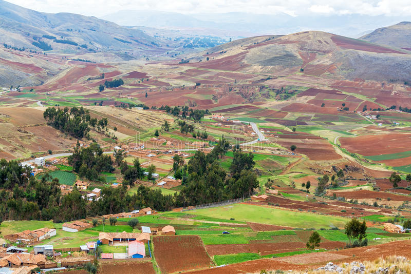 Terres cultivables au Pérou images libres de droits