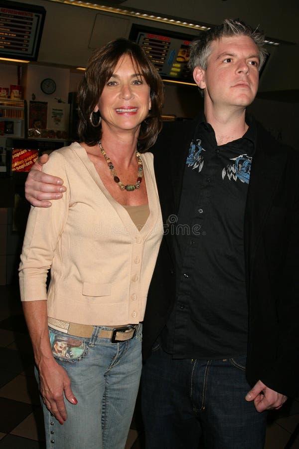 Terri Mann en Ben Ruffman bij de Première van Los Angeles van de ?Lafbek van het Loodje?. De Zonsondergang van Laemmle 5 Theaters, stock afbeeldingen