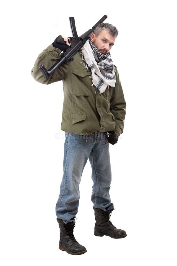 Terrorista com rifle imagens de stock royalty free