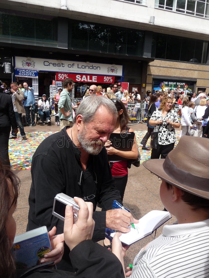 Download Terry Gilliam At Toy Story 3 Premiere Editorial Photo - Image: 15268301