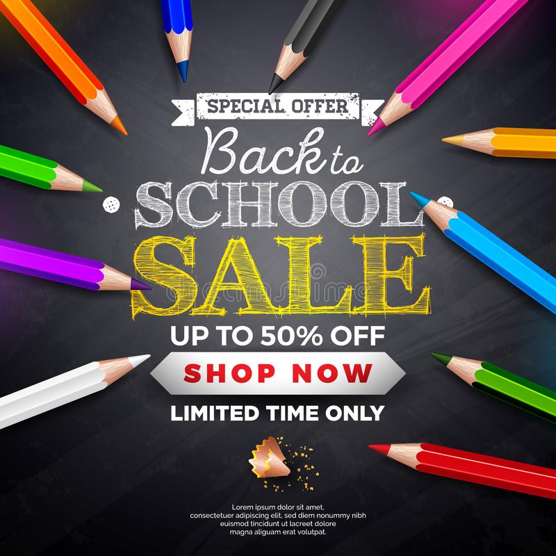 Terug naar het ontwerp van de schoolverkoop met het kleurrijke potlood en typografie van letters voorzien op zwarte bordachtergro vector illustratie