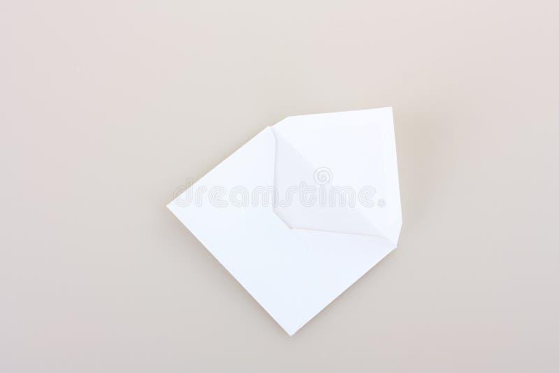 Terug van envelop royalty-vrije stock afbeeldingen