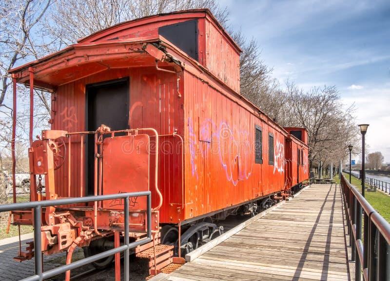 Terug van Oranje Caboose-trein stock foto