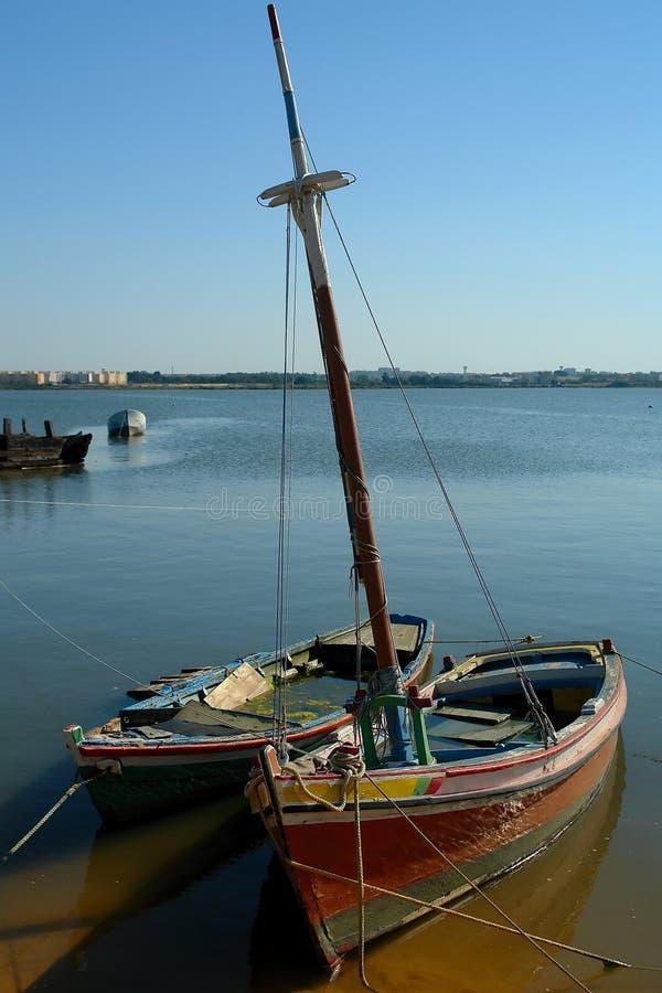 Teruggetrokken boten royalty-vrije stock fotografie