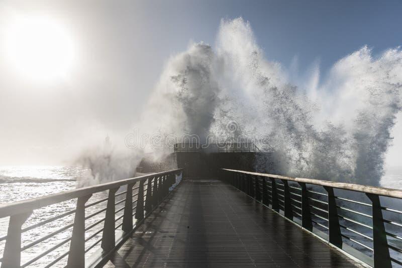 Terugslag op de grote pier van La Chaume royalty-vrije stock afbeelding