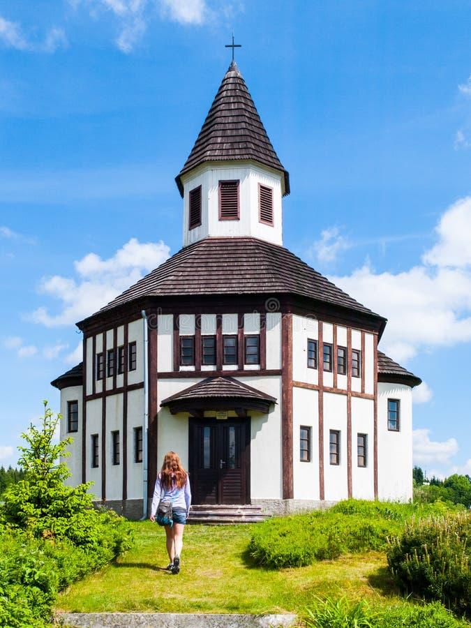 Tesarov kaplica Mały drewniany ewangelicki religijny bulding w Korenov, republika czech fotografia royalty free