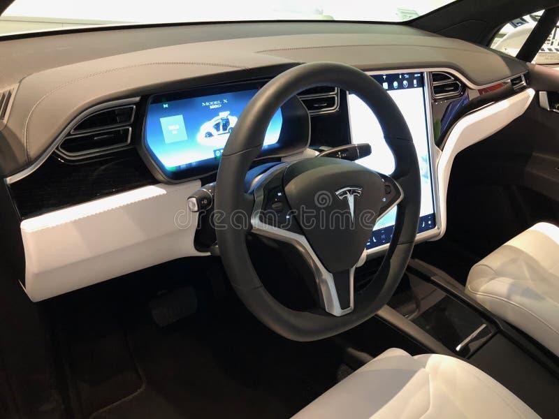Tesla-Ausstellungsraum stockbild