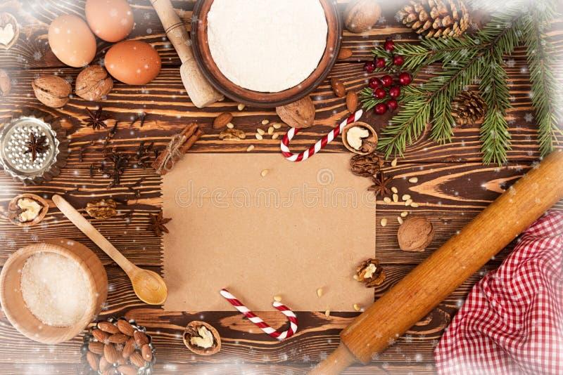Tesori del nuovo anno di Natale della preparazione Ingredienti e festa immagine stock libera da diritti