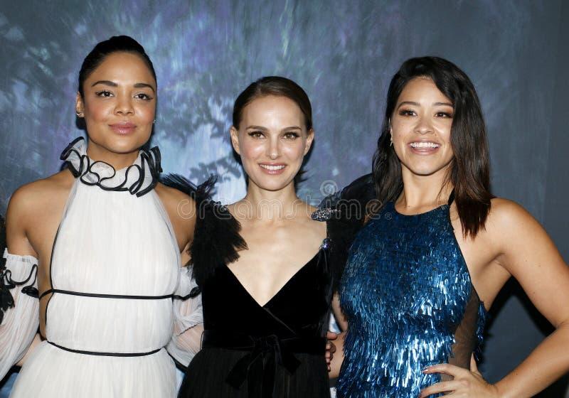 Tessa Томпсон, Натали Portman и Джина Родригес стоковая фотография rf