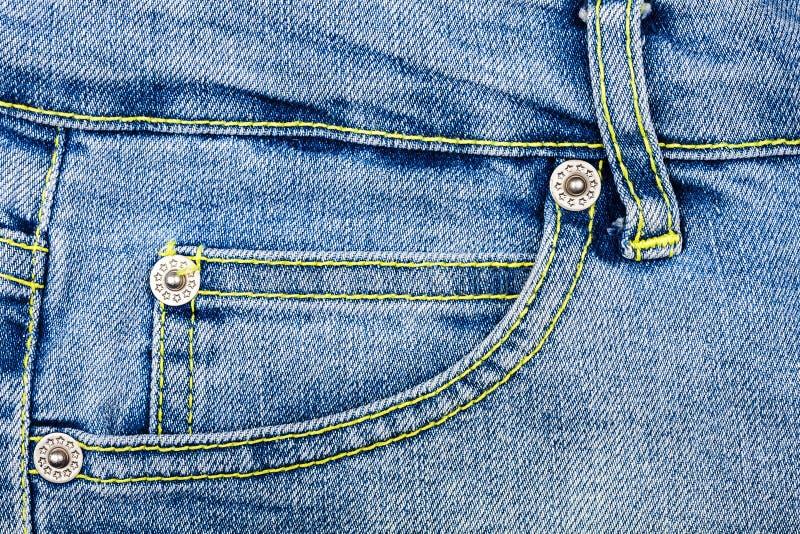 Download Tessuto Delle Blue Jeans Con La Casella Immagine Stock - Immagine di materiale, colore: 56889983