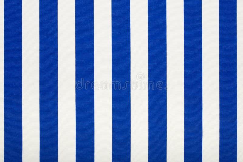 Tessuto a strisce blu e bianco, fondo di struttura immagine stock