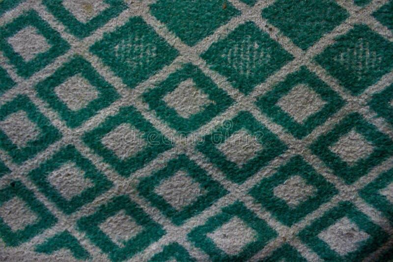 Tessuto verde spesso con le bande bianche fotografia stock