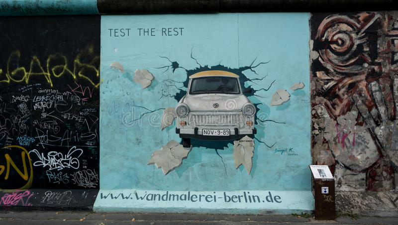 Test de Rest Berlin Wall East Side Gallery stock foto's