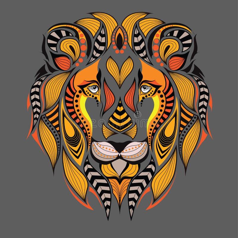 Testa colorata modellata del leone Progettazione africana/indiano/totem/tatuaggio Può essere usato per progettazione di una magli royalty illustrazione gratis