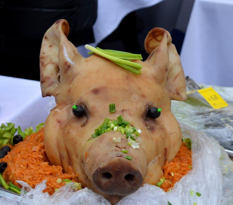 Testa della carne di maiale del piatto immagine stock libera da diritti