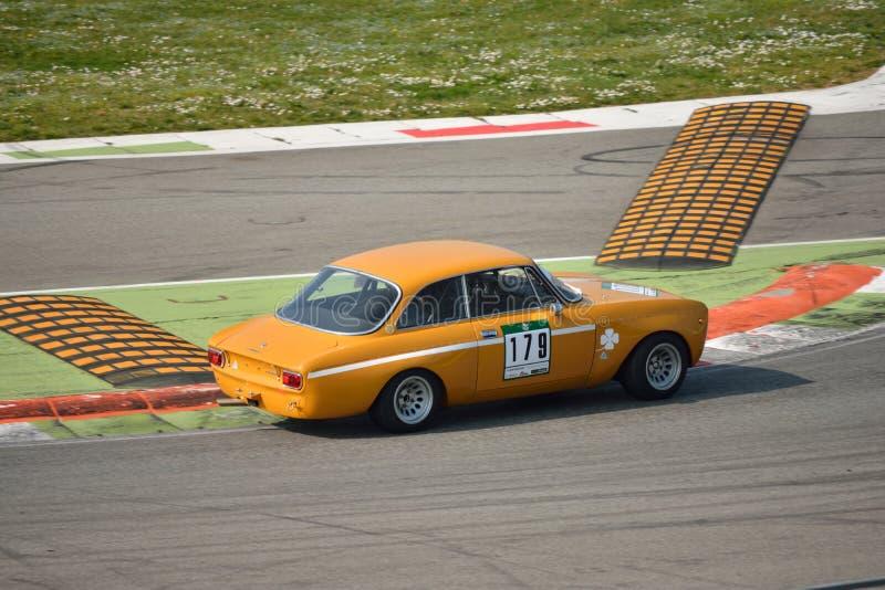 Teste 2016 de Romeo Giulia GTAm 1750 do alfa em Monza foto de stock royalty free