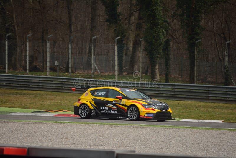 Teste de Seat Leon TCR 2016 em Monza imagem de stock