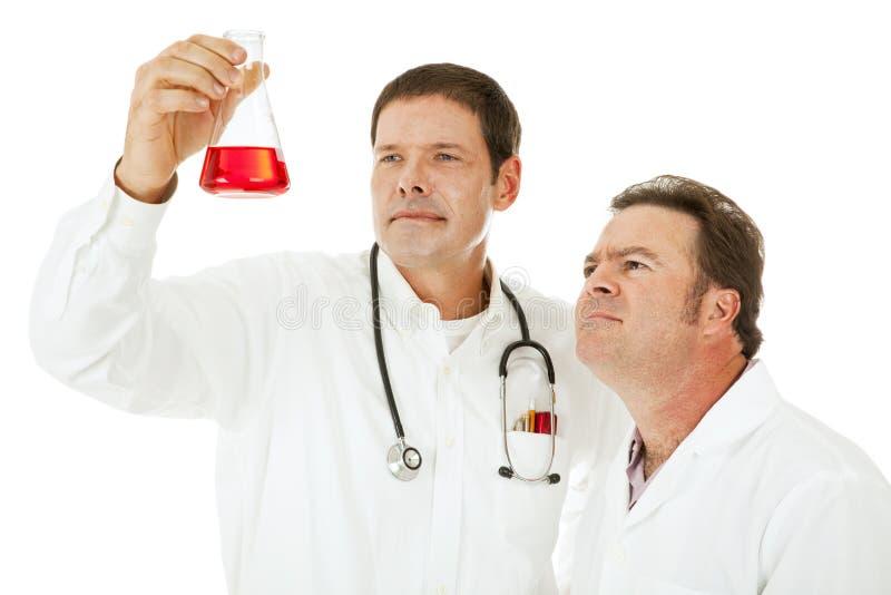 Teste médico - doutores fotos de stock royalty free