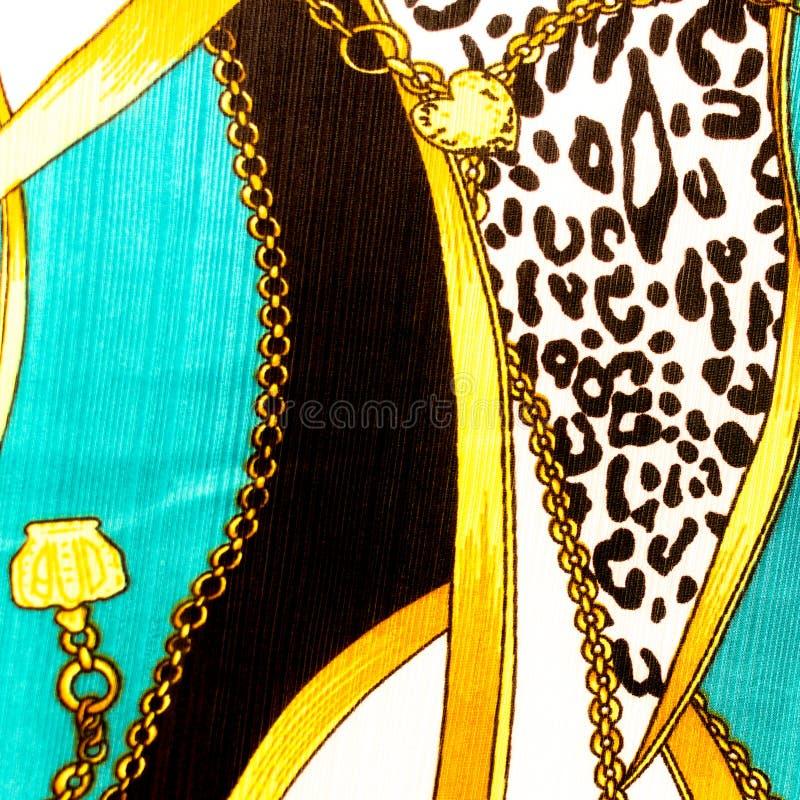 Teste padrão dado laços corrente do coração do ouro. Para a textura da arte ou o design web a ilustração stock