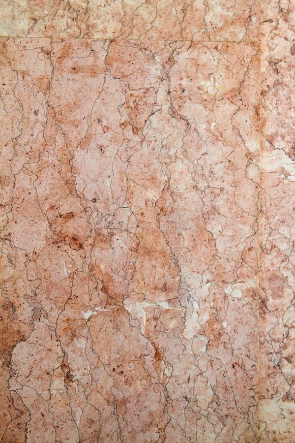 Teste padrão de pedra de mármore em uma parede, fundo abstrato vertical da superfície plana da textura fotos de stock