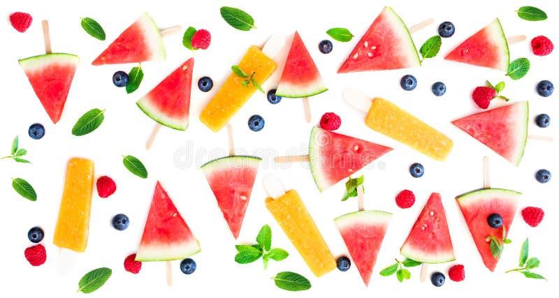 Teste padrão do picolé da melancia Melancia cortada com gelo do fruto foto de stock royalty free