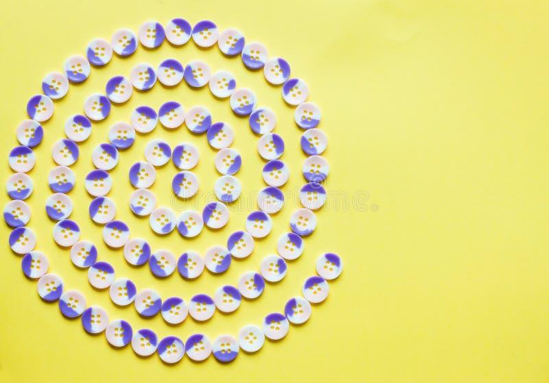Teste padrão espiral dos botões fotos de stock royalty free