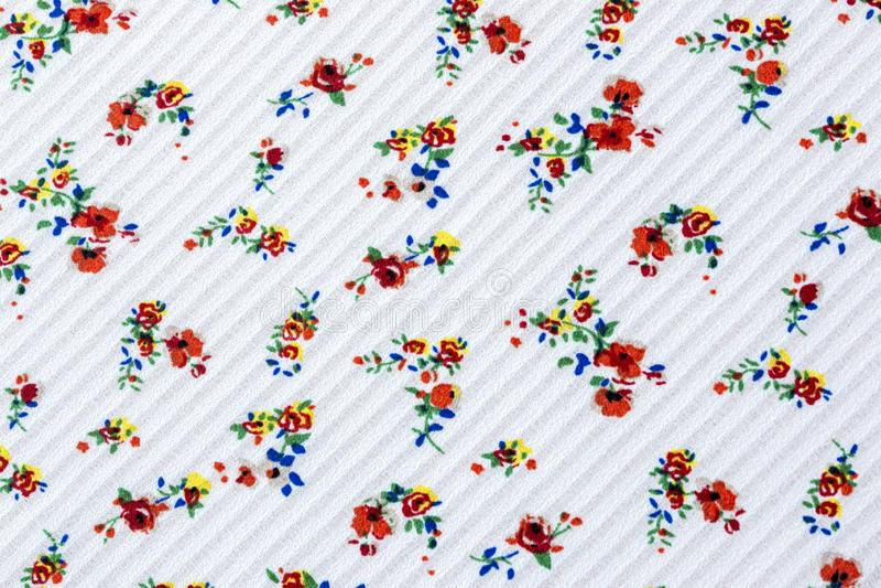 Teste padrão floral sem emenda no fundo listrado branco da textura no pano ilustração do vetor