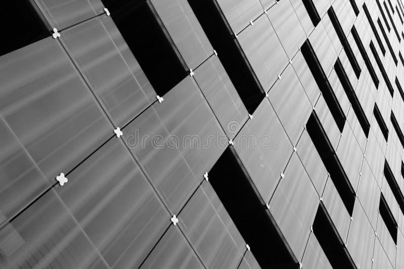 Teste padrão moderno da fachada da arquitetura imagens de stock