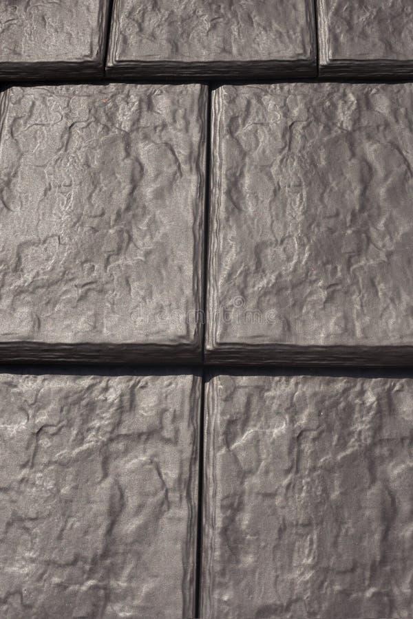 Teste padrão preto natural da telha de telhado fotografia de stock royalty free