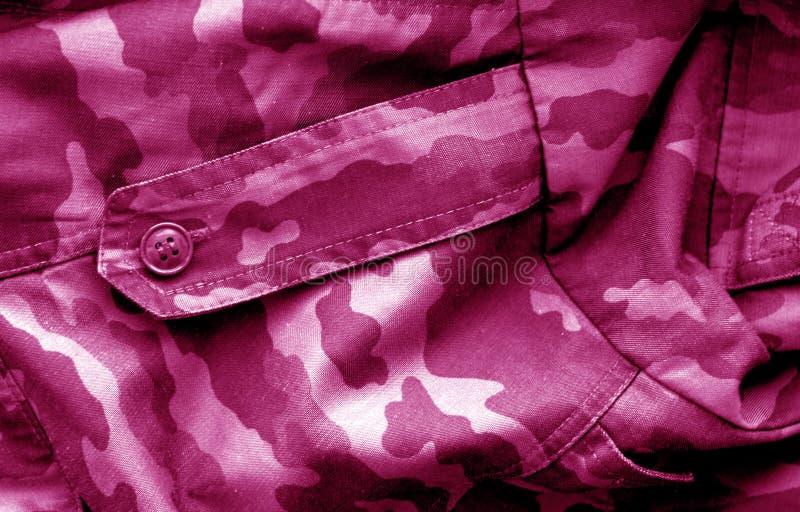 Teste padr?o uniforme militar com efeito do borr?o no rosa foto de stock royalty free