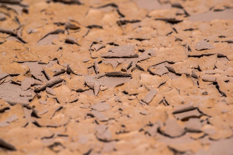 Testes padrões bonitos criados na lama/rocha secadas encontradas na região selvagem do parque nacional do ermo fotos de stock