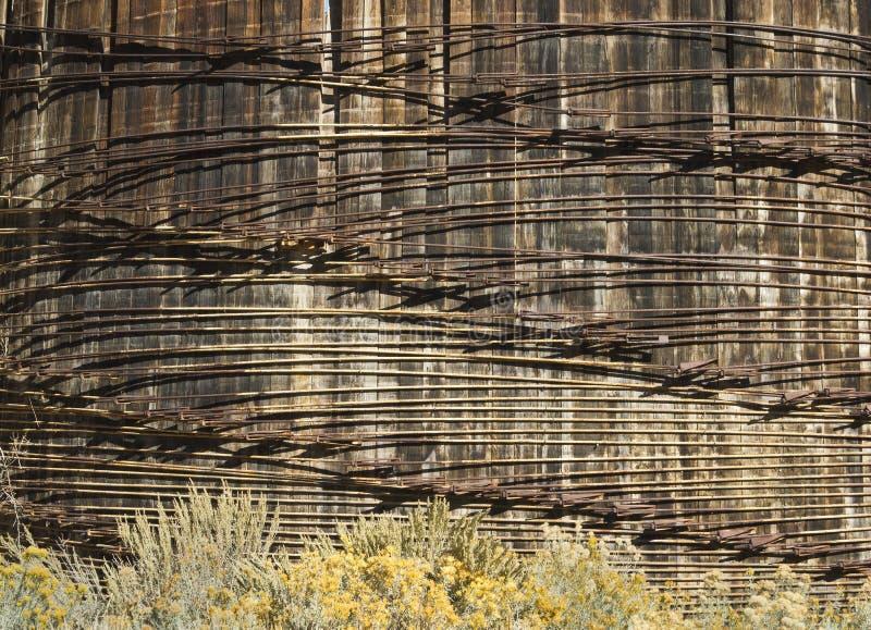 Testes padrões em uma estrutura do tanque de água imagens de stock
