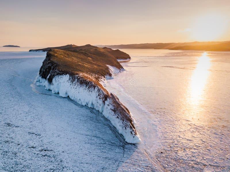 Testes padr?es do gelo no Lago Baikal Sib?ria, R?ssia foto de stock