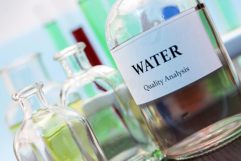 Testes para a pesquisa da água fotos de stock royalty free