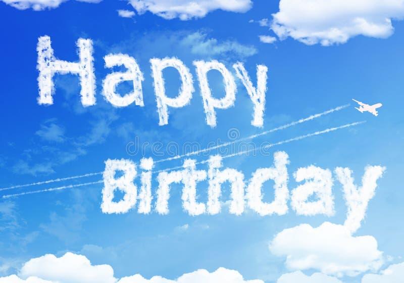 Testo della nuvola: BUON compleanno sul cielo fotografia stock libera da diritti