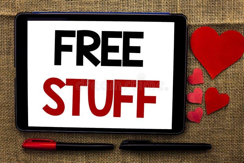 Testo della scrittura che scrive roba libera Significato di concetto complementare esente da non pagato gratuito di Chargeless di fotografia stock libera da diritti