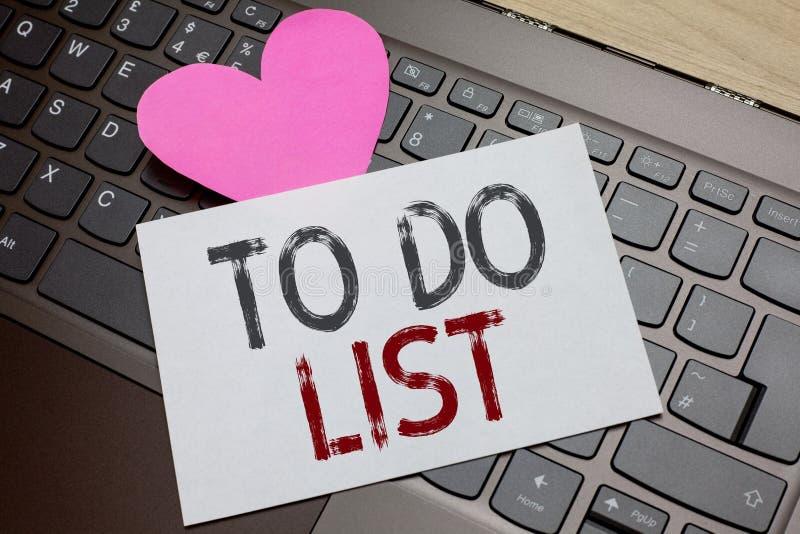 Testo di scrittura di parola per fare concetto di affari della lista per la struttura di A che ha fatto solitamente nel compito c fotografia stock