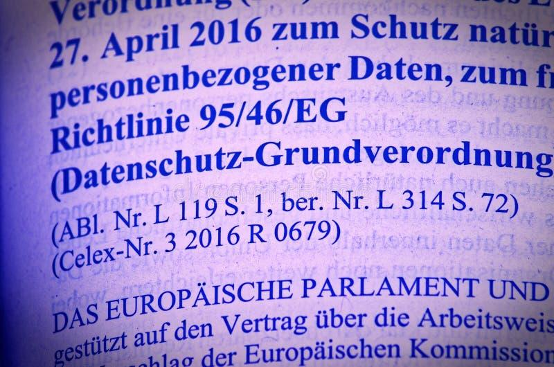 Testo legale di Legge di base di protezione dei dati come legge pubblica di UE con l'enfasi su consenso dell'articolo 6 e giustif immagine stock libera da diritti