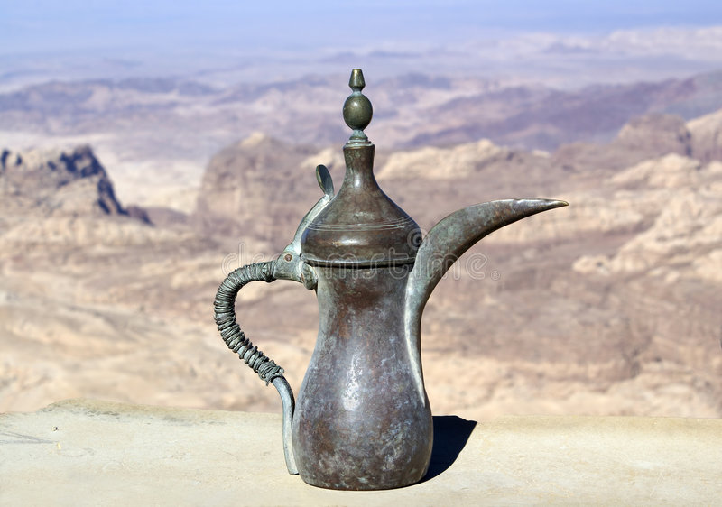 Download Tetera foto de archivo. Imagen de jarro, desierto, antigüedades - 7275662
