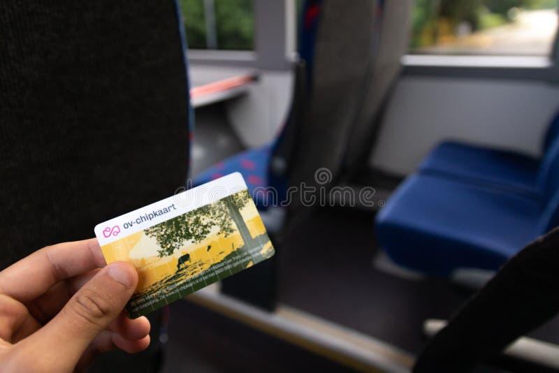 TETERINGEN, PAYS-BAS - 25 JUIN 2019 : La carte de transit public en Hollandes a appelé photographie stock libre de droits