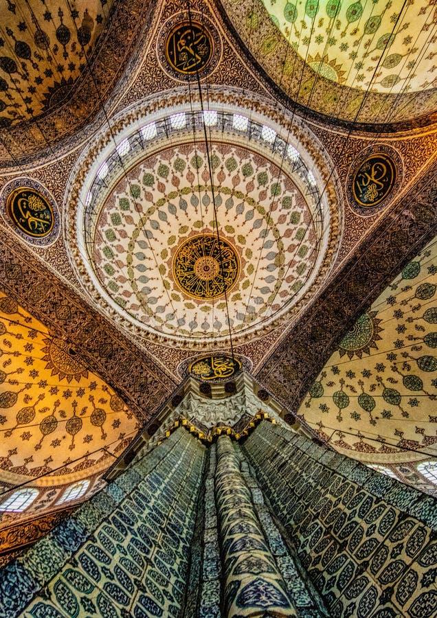 Teto da mesquita azul em Istambul fotografia de stock royalty free