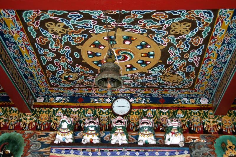 Download Teto do monastério imagem de stock. Imagem de motif, telhado - 10065567