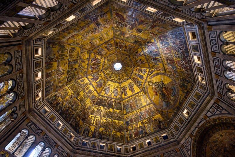 Teto do mosaico de Florence Baptistery de San Giovanni Battistero di San Giovanni em Florença, Toscânia imagens de stock