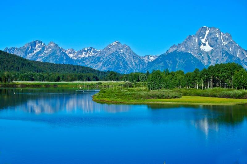 Teton berg och Snaket River royaltyfria bilder