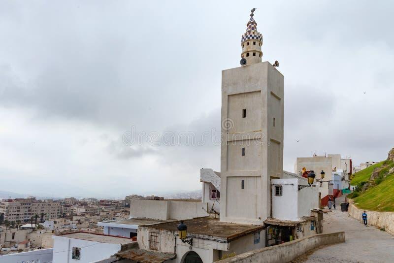 TETOUAN, ΜΑΡΌΚΟ - 24 ΜΑΐΟΥ 2017: Αρχαίο μιναρέ στο Τετουάν Βόρειο Μαρόκο στοκ φωτογραφία με δικαίωμα ελεύθερης χρήσης