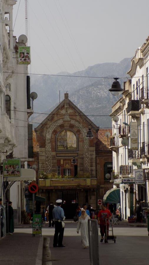 Download TETOUAN-rua E à Igreja Católica Inferior Fotografia Editorial - Imagem de arquitetura, povos: 80102867