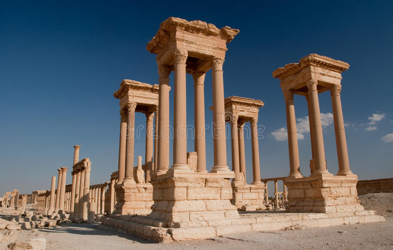 Tetrapylon im Palmyra lizenzfreies stockbild
