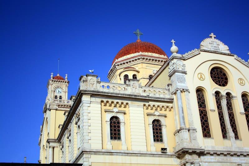 Tetto della cattedrale della st Minas in Iraklion con cielo blu Crete, Grecia fotografia stock